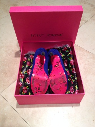 Betsey Johnson Blue Pumps Image 2