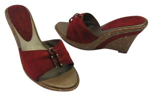 Fioni Size 8.00 M (usa) Very Good Condition Deep Red Wedges
