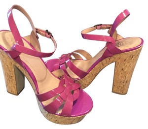 Vince Camuto Wedge Leather Upper Designer Cashmere Purple Kid Patent Sandals