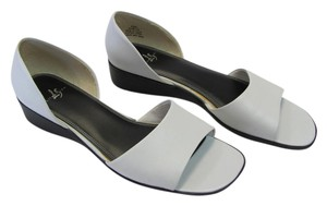 LifeStride New Size 9.50 M (usa) Leather WHITE Sandals