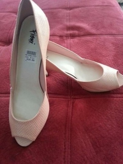 Fioni ~ Pink SNAKESKIN Pink Pumps