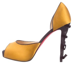 Christian Louboutin Christain Heels Black/ gold yellow Pumps