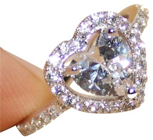 9.2.5 Gorgeous white diamond cz topaz heart cocktail ring sizes 4 5 6 7 8.