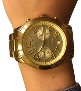 Michael Kors Oversized gold chronograp watch