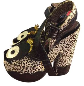 Irregular Choice Black/cream Platforms