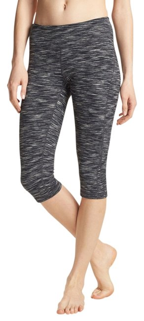 Item - Grey Gray Black 'live In' Eclipse Space Dye Capris Activewear Bottoms Size 8 (M, 29, 30)