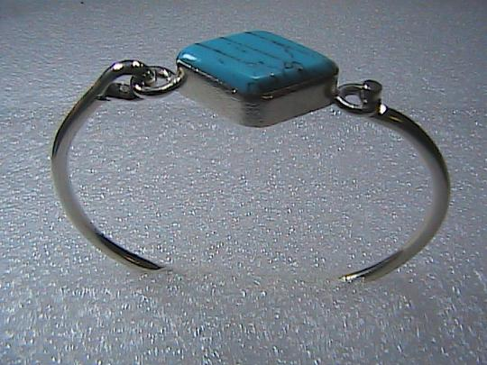 Mexico Silver Sterling Silver Turquoise Oval Shaped Bangle Image 1