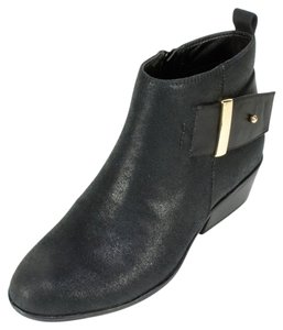 White Mountain Gold Hardware Stacked Heel Chic Ankle Ankle Strap Black Boots