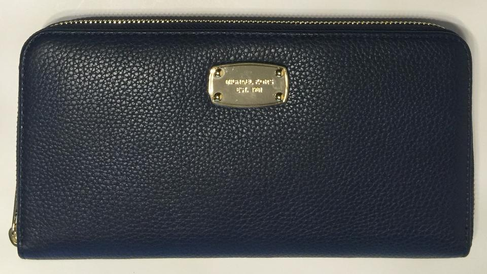215f871063ce Michael Kors Michael Kors ZA Jet Set Large Travel Continental Navy Blue  Wallet Clutch Planner Organizer. 123456