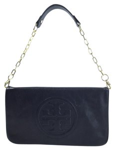 Tory Burch Bombe Reva Detachable Strap Gold Chain Strap Black Clutch