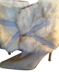 Nine West Rabbir Fur Off White/Cream Boots