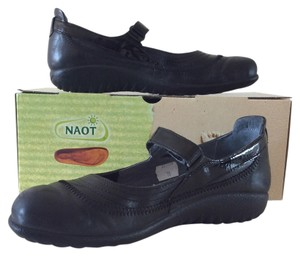 Naot Leather Patent Leather Black Flats