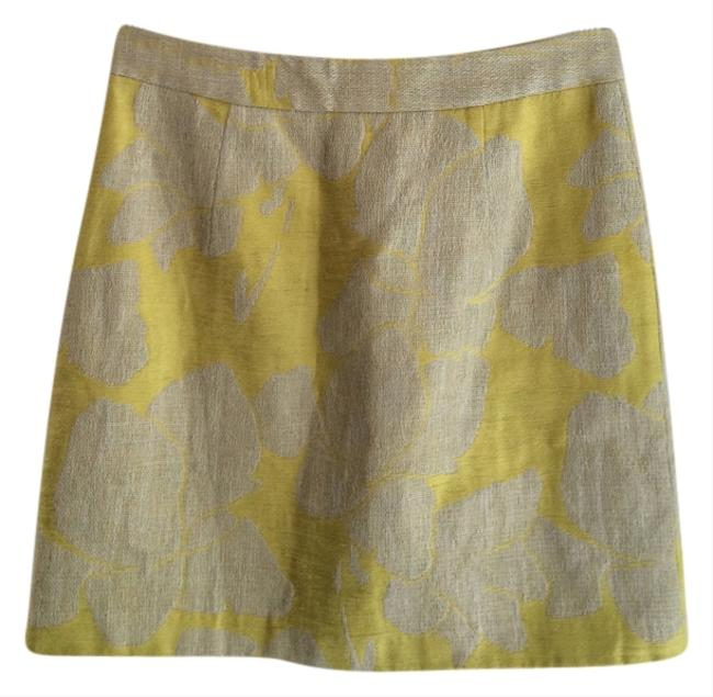 Preload https://item4.tradesy.com/images/zara-fashion-mini-skirt-beige-and-yellow-1226253-0-0.jpg?width=400&height=650