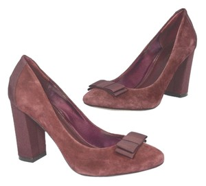 Banana Republic BURGUNDY Pumps