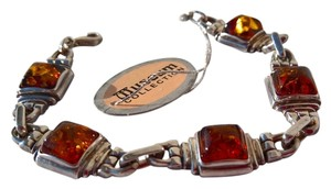 Smithsonian Museum Company Vintage Baltic Amber Sterling Silver Link