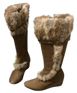 KangaROOS Wedge Winter Fur Light Crepe Brass Tall Brown. Boots