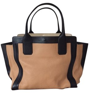Chloé Tote in Tan
