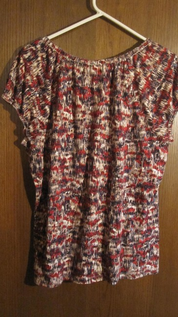 Liz Claiborne T Shirt Navy, tan and red multi