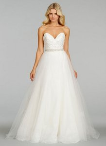 7409 Wedding Dress