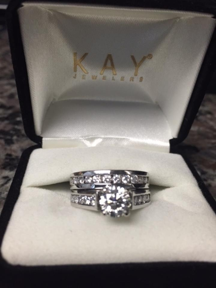 White Kay Jewelers Women\'s Wedding Band Sets - Up to 90% off at Tradesy