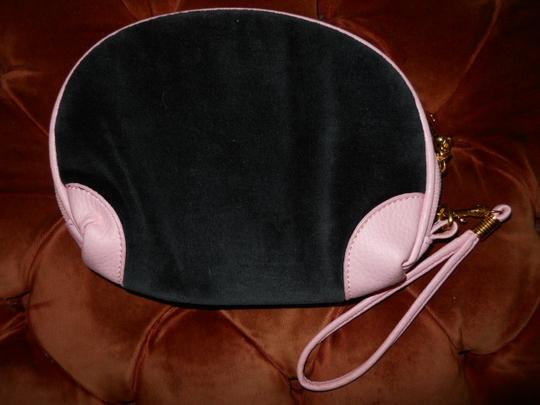 Juicy Couture Juicy Couture cosmetic wristlet Image 6