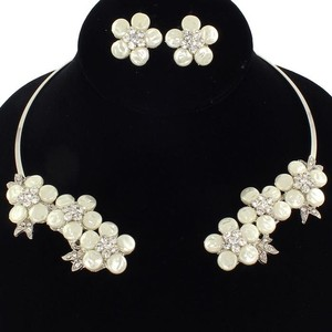 Bridal Choker And Earring Set