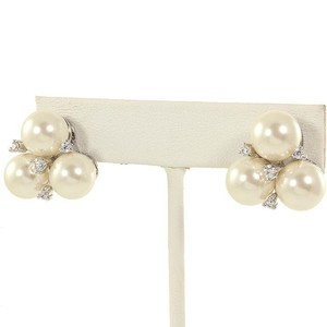 A.a.a. Quality Cz And Pearl Trio Earring