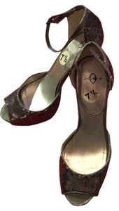 Joey O Sexy Sparkly Festive Silver sequence Pumps