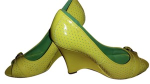 Bamboo Yellow/Green Wedges