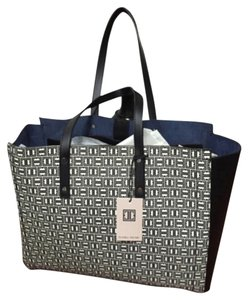 Ivanka Trump Tote In Black White