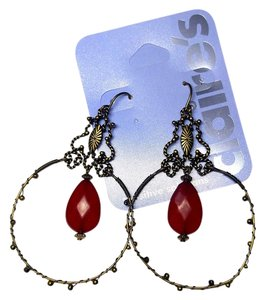 Claire's Clarie's Dangle Hoop Earrings Antiqued Gold Red J2045