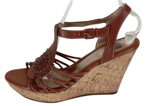 Sfft Leather T-strap Bronze Studs Brown Wedges