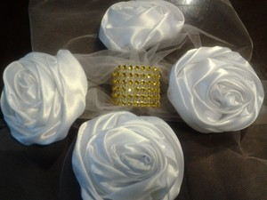 100 Gold Rhinestone Wedding Napkin Rings Holder Or Chair Sash Decoration 7 Row Velcro Closure