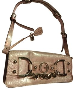 Guess Chic Upscale Shoulder Bag