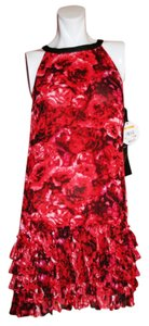 Giambattista Valli short dress RED FLORAL PRINT Above Knee on Tradesy
