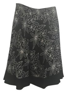 White House | Black Market Skirt Black and ivory