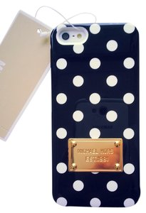 Michael Kors MK Small White Dots Black Background iPhone 5/5S Case Cover