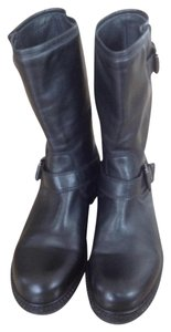 La Canadiene Leather Buckle Detail Black Boots