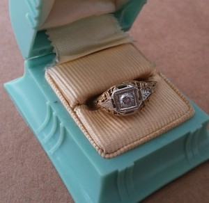 Vintage Deco Filagree Bridal Engagement Diamond Ring