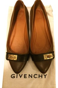 Givenchy brown with gold hardware Flats