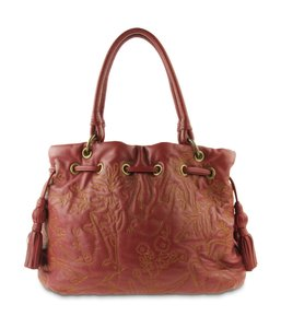 Fiore by Isabella Fiore Leather / Gold Tote in Red