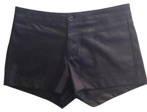 Lily White Dress Shorts Blac