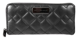 Marc by Marc Jacobs * Black Sophisticato Crosby Quilted Leather Slim Zip Around Wallet