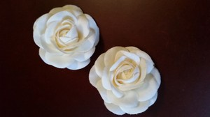 Pair White Floral Hair Accessories Clip