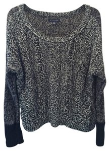 American Eagle Outfitters Cable Knit Longsleeve Sweater