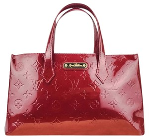Louis Vuitton Vernis Patent Leather Monogram Excellent Condition Tote in Red d590541592402