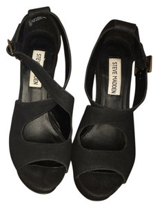 Steve Madden Black Wedges