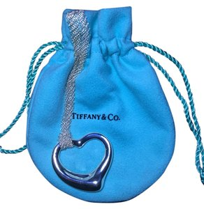 Tiffany & Co. Elsa Paretti's Open heart Pendant on 30'' mesh chain