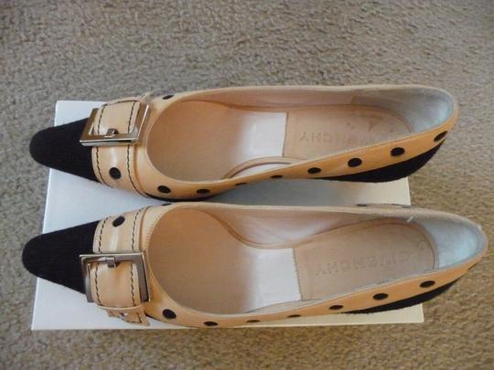 Givenchy Black and Tan Pumps Image 5