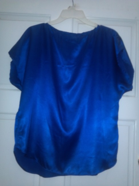 Silhouettes Top Blue